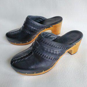 UGG Vivica Clogs Black Leather Wooden Heel 9